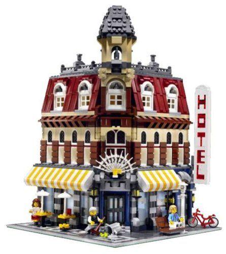 LEGO-10182-Cafe-Corner-LEGO-Creator-0