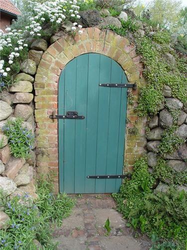 Narrow Entryway Landscaping : Best narrow garden ideas on pinterest small