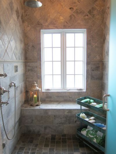wet room w/ window