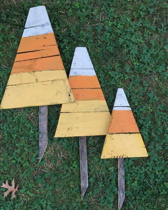 Halloween Yard Stakes.Candy Corn Yard Stakes Halloween Yard Art Reclaimed Wood Candy