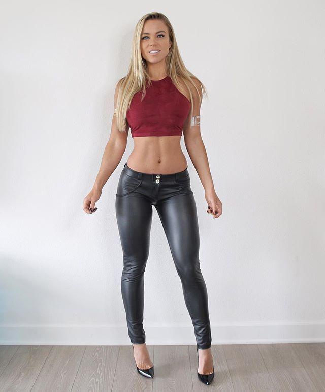 8d52220d9d09f0 Lauren Drain Kagan Instagram | Looking Good in 2019 | Leather leggings,  Shiny leggings, Leather