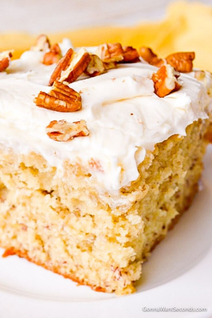 Banana cake with cream cheese frosting combines common