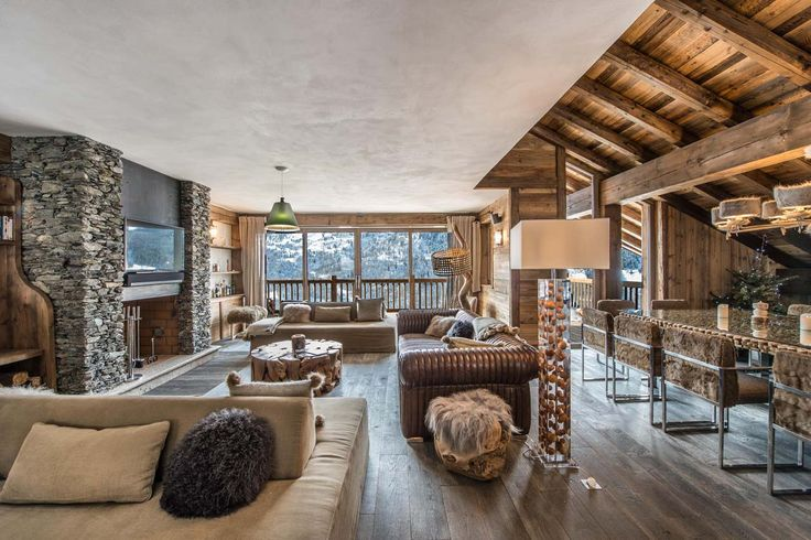 Open plan living area at Apartment Cerf Rouge Meribel