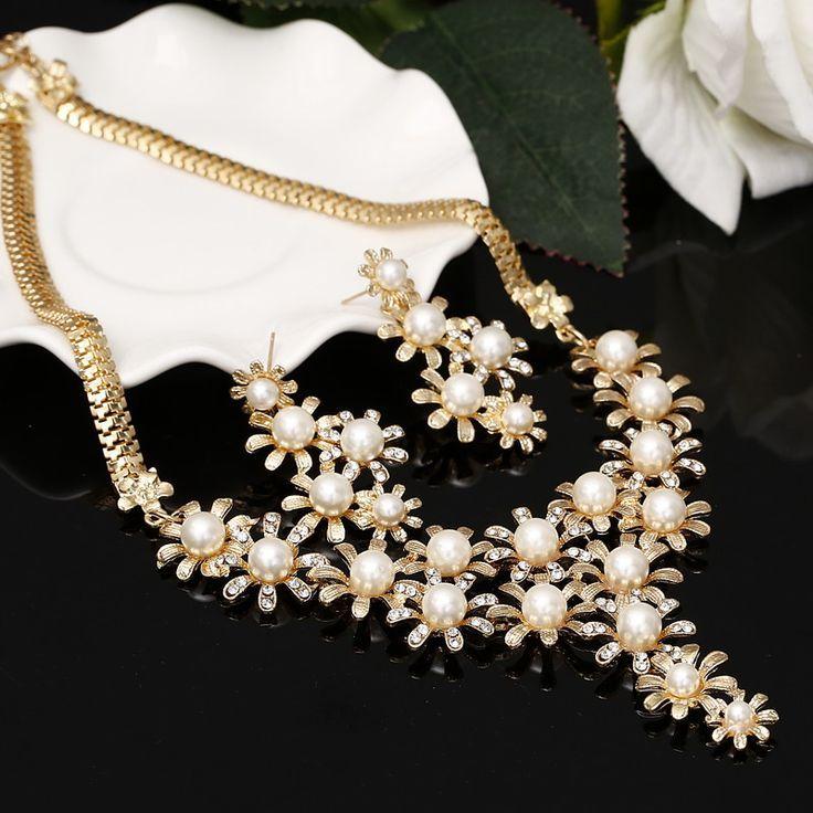 2017 Fashion Jewelry Set Necklace Earrings Women imitation pearl Jewelry For Women Wedding Gold Plated Jewelry