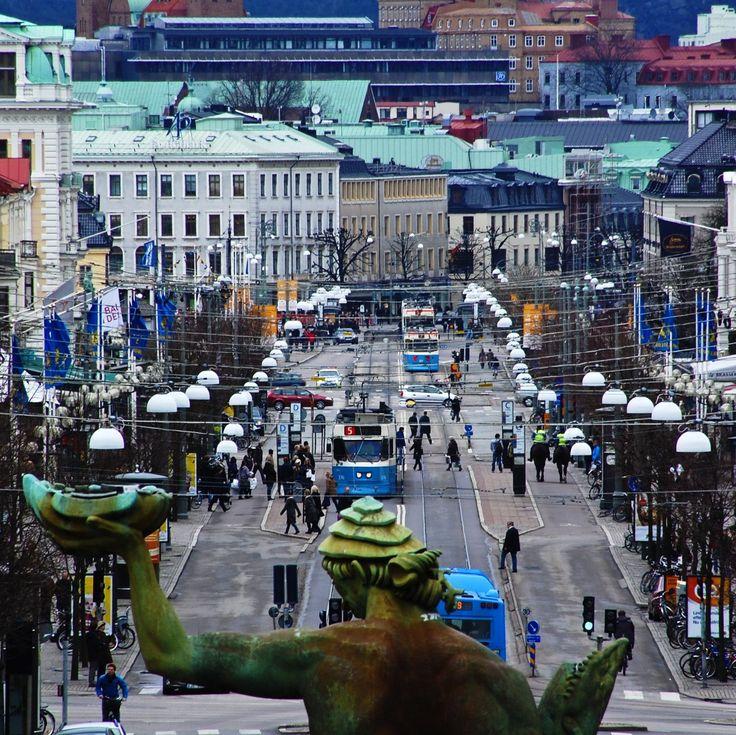 """The Avenue"" Kungsportavenyn in Gothenburg"