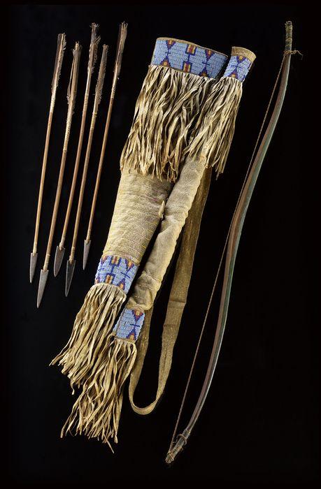 National Museum of the American Indian : Колчан и чехол для лука, Хункпапа. Стэндинг Рок, 1870.