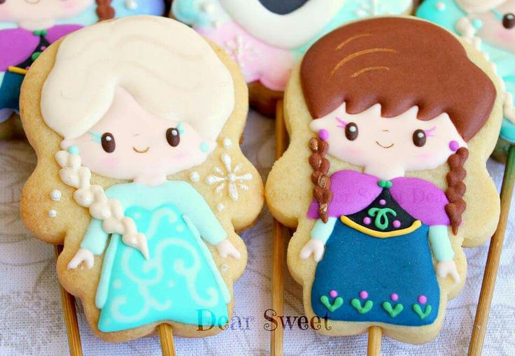 Elsa and Anna Cookie Pops