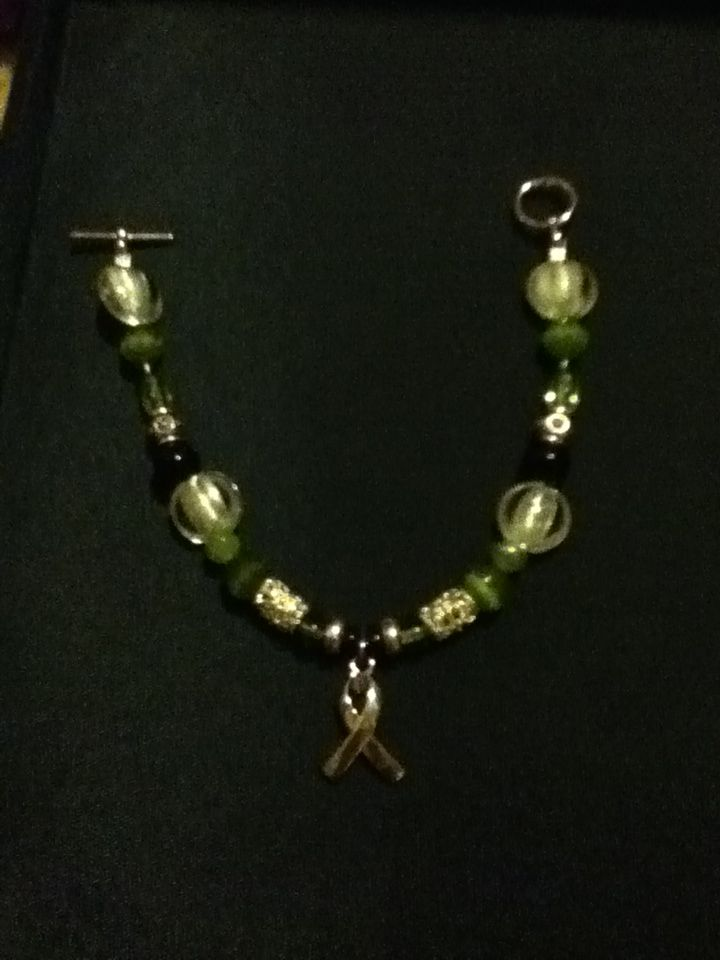 color charms liver ribbon cancer charm green awareness bracelet stretch
