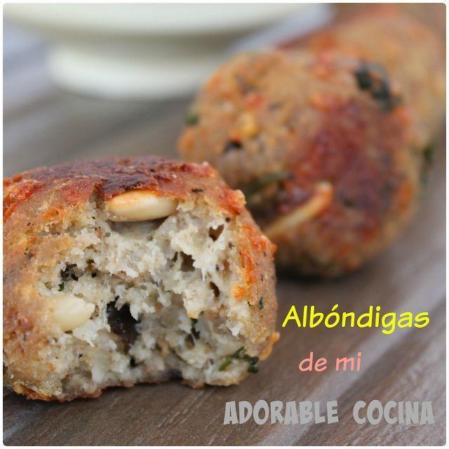 Albóndigas de berenjena. Unas albóndigas sorprendentes que comparten desde el blog Mi Adorable Cocina. ¡Tienes que probarlas!