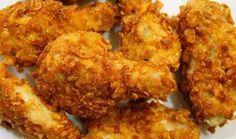 КРЫЛЫШКИ КАК В KFC http://pyhtaru.blogspot.com/2017/06/kfc.html  Крылышки а-ля KFC  Ингредиенты:  - крылышки - масло растительное - паприка - чеснок - соль - кукурузные хлопья  Читайте еще: ==================================== КАРТОФЕЛЬНЫЕ ПАЛОЧКИ С СЫРОМ http://pyhtaru.blogspot.ru/2017/06/blog-post_32.html ====================================  Приготовление:  Берем десяток крылышек, осматриваем на наличие перышек, ну и в кастрюльку. Чуть присаливаем воду и на огонь. До кипения довели, пену…