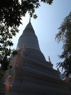 Wat Phnom, in Phnom Penh A Tour Around PP Sights http://jouljet.blogspot.com/2013/01/a-tour-around-pp-sights.html #Cambodia #PhnomPenh #travel