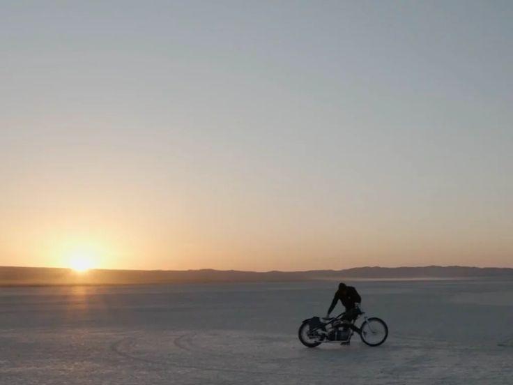 Видео от фотографа Скотта Топфера   Scott Toepfer на мотоцикле #fott #fottTV #ScottToepfer