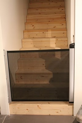 Excellent stair gate