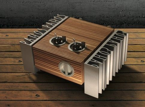 Pathos InpolRemix - Little 10W per channel monoblock amps from the most idiosyncratic of Italian audio houses
