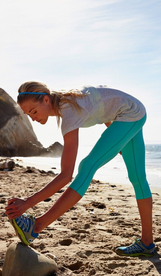 These teal leggings are perfect for the ladies in autumn/spring! #EddieBauer