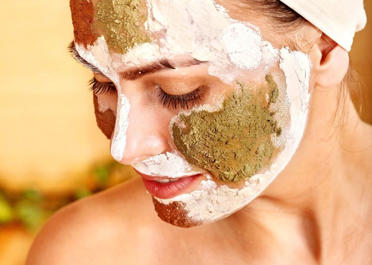 Start multimasking. Multimasking involves using different types of masks on different areas of the face. Oilier areas can get charcoal and clay. Dry areas can get more moisturizing formulas, and an oatmeal mask can soothe red patches.