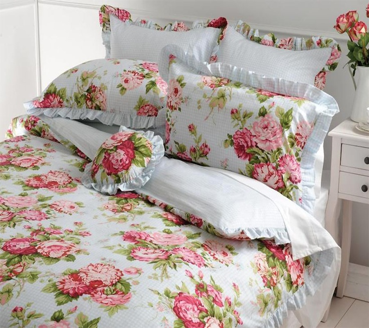 17 Best Images About Master Bedroom On Pinterest Peacock Quilt White Quilts And Damasks