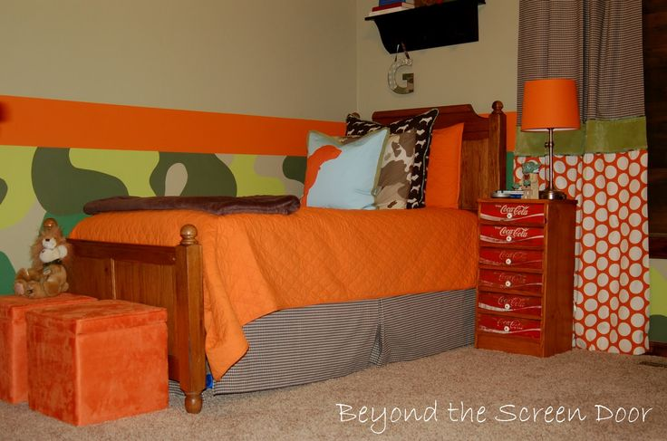 hunting themed bedroom | ... This room has a fun, whimsical take on the traditional hunting theme
