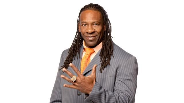 Booker T Throws Out The First Pitch, David Otunga Appearing on General Hospital,  Brock Lesnar Added To Live Events - http://www.wrestlesite.com/wwe/booker-t-throws-first-pitch-david-otunga-appearing-general-hospital-brock-lesnar-added-live-events/