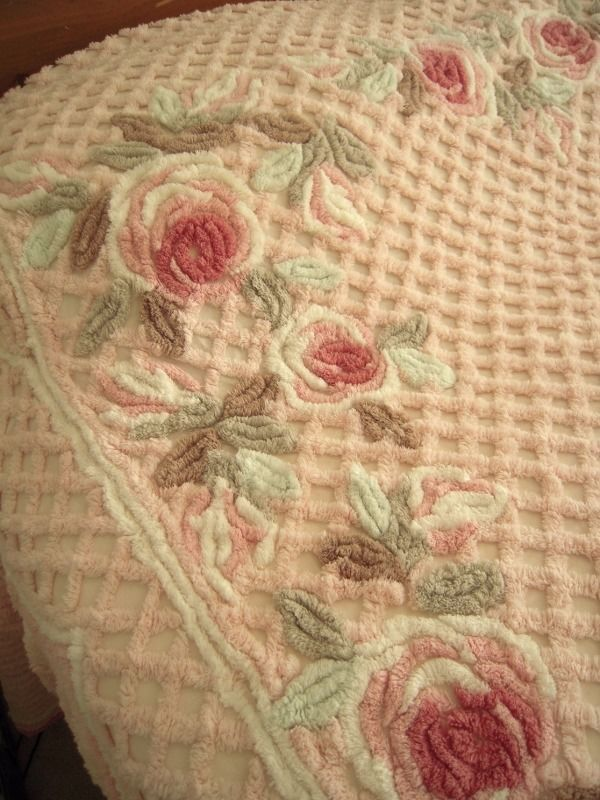 Vintage Pink Roses Floral Chenille Bedspread Thick Heavy Fluffy Cottage Shabby