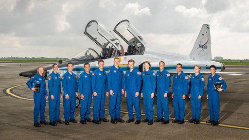 June 07 2017 at 11:29PM NASA picks 12 new astronauts from crush of applicants https://phys.org/news/2017-06-nasa-astronauts-applicants.html  [PhysOrg]