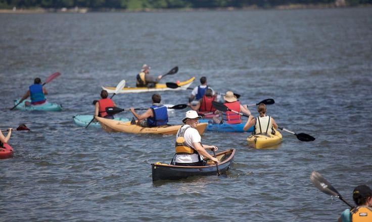 Enjoy free kayaking on the Hudson at the Inwood Canoe Club. Free kayaking Hudson river tours near the George Washington bridge.