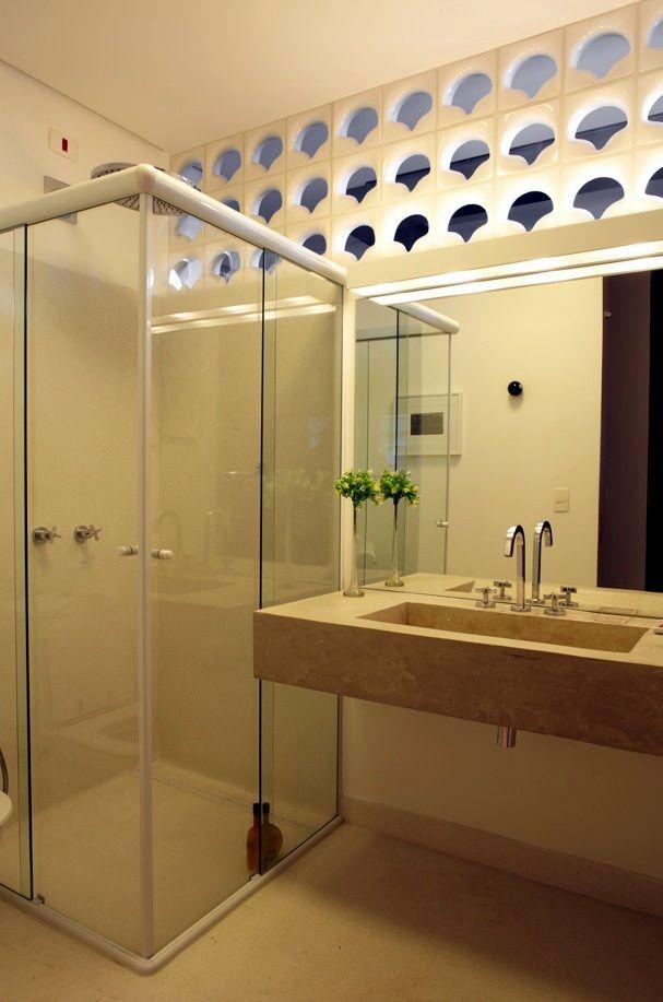 Parque das Hortênsias / • sub estúdio • #cobogo #banheiro #bathroom