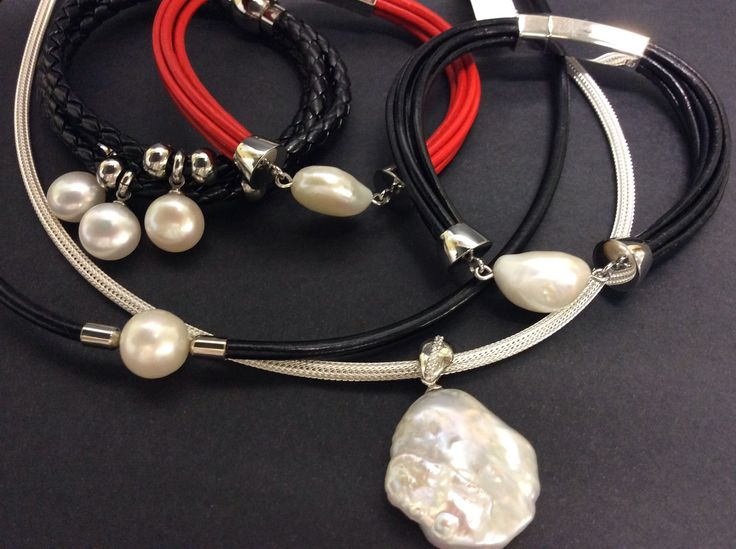 Who said PEARLS are for grandma only. Modern sophistication.