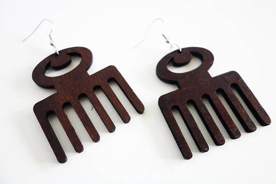Jolies boucles d'oreilles ethniques en bois... Pour un look afro  tendance