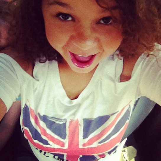 need another reason to love Rachel Crow? She's a directioner! Check out her shirt!