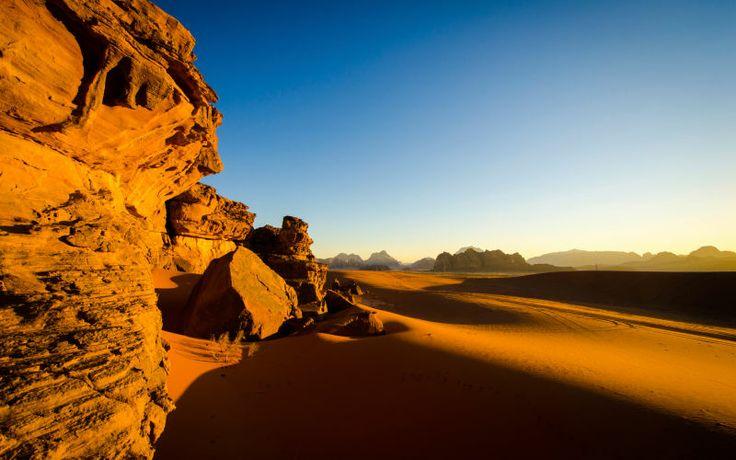 Lumoava Jordania. Wadi Rumin uskomattomien maisemien näkeminen omin silmin on unohtumaton kokemus! www.apollomatkat.fi #Jordania #Kiertomatka