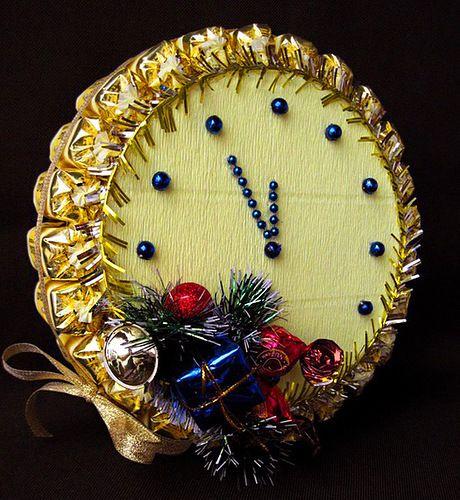 Букеты и композиции из конфет к Новому году. Часть 1. Украшения и подарки своими руками - Праздничный мир