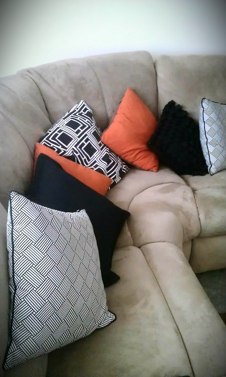 Our compfy lounge - With ooddles of cushions