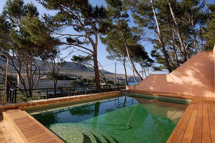 Pollensa, Norra Mallorca: Vacker nybyggd villa med havsutsikt i Pollensa