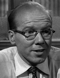 John Fiedler (1925 – 2005). Best in –12 Angry Men playing one of the few open to Henry Fonda's reasoning.