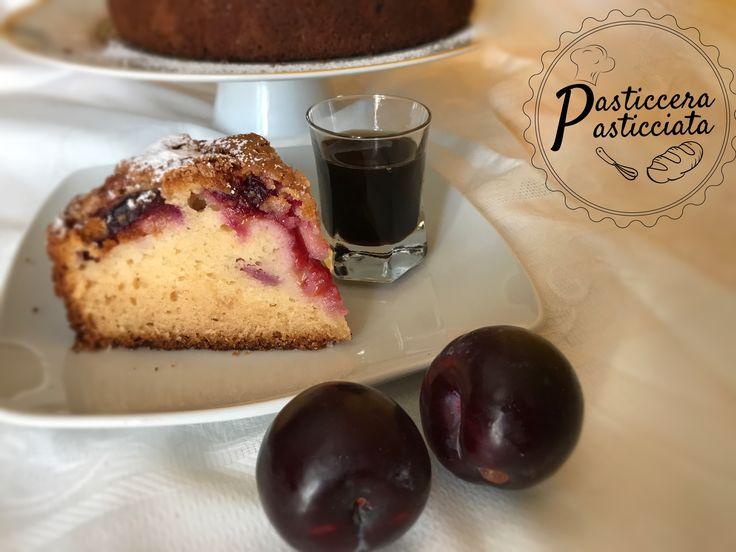 Torta con prugne fresche e vino moscato passito