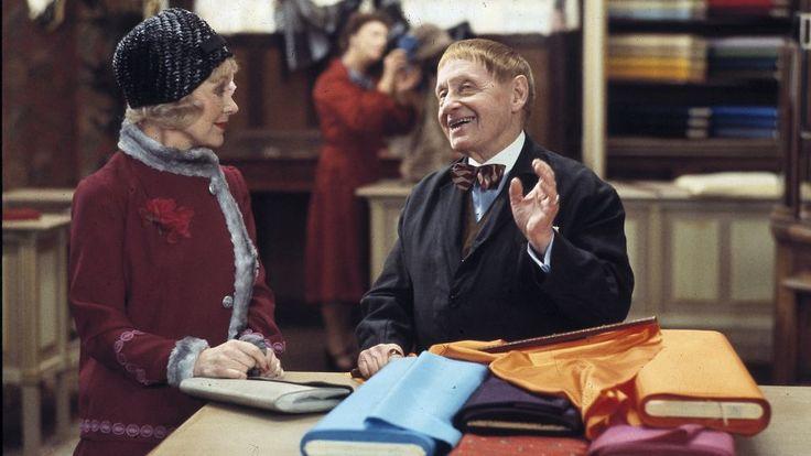 Fru Violet & hr. Schwann i Damernes Magasin