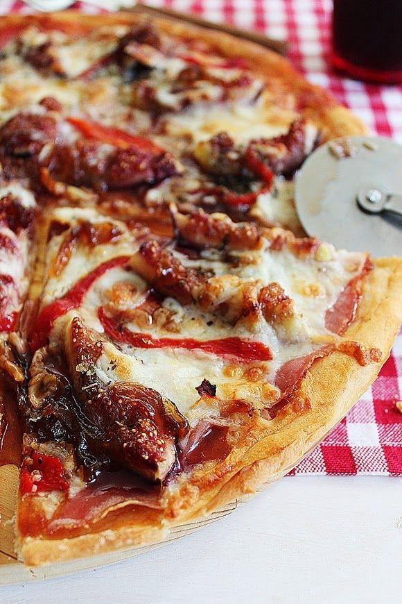 Cozinhadaduxa: Pizza de Presunto, Figos e Cebola Caramelizada