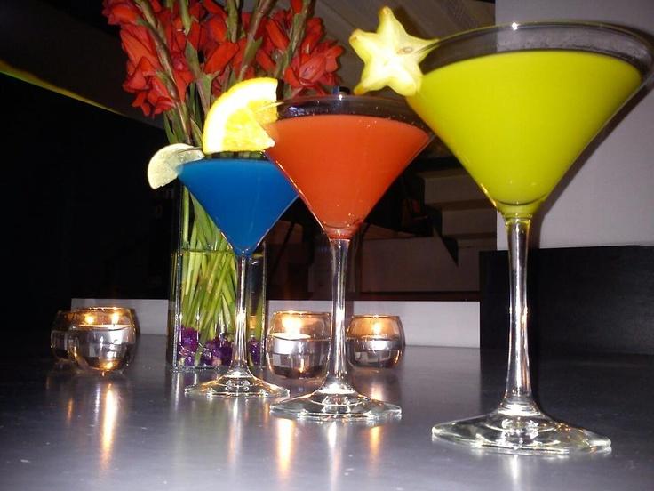 Martinis de mango, durazno & Curacao