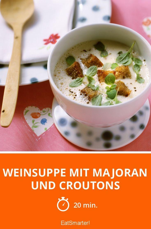 Weinsuppe mit Majoran und Croutons