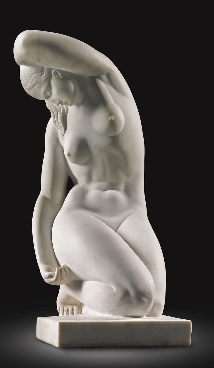Joseph Andrau. FRENCH 1907-1987. FEMME ACCROUPIE (KNEELING WOMAN) - signed: J.ANDRAU and dated: 1939. white marble.