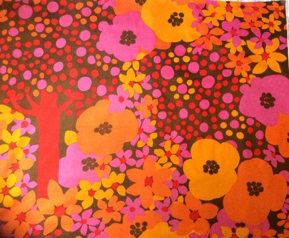 60s Marjatta Metsovaara rare vintage retro designer fabric. Made by Tampella Finland.