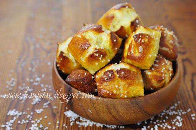 Jess' superbowl pretzels. Nom. Use with sharp cheddar cheese dip