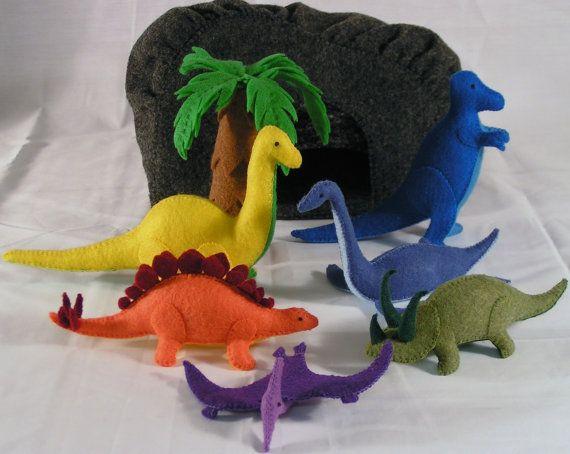 DinoLand felt dinosaur playset — DIY inspiration