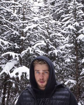 Pin for Later: Prepare to Crush So Hard on Olympic Skier Gus Kenworthy This Chilly Smolder