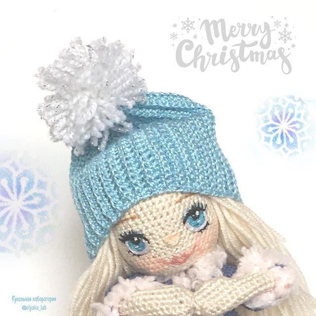 Привет 👋 друзья ! Новая зимняя девочка появляется на кануне Рождества❄️❄️❄️ 24 декабря в Европе и др.странах начинается сочельник. А это значит что скоро будет Католическое Рождество и много подарков 🎁🎁🎁 Куколка будет искать себе тёплую избушку и любящую мамочку! #зима#winter #кукольнаялабораторияоля_ка#olyaka_lab