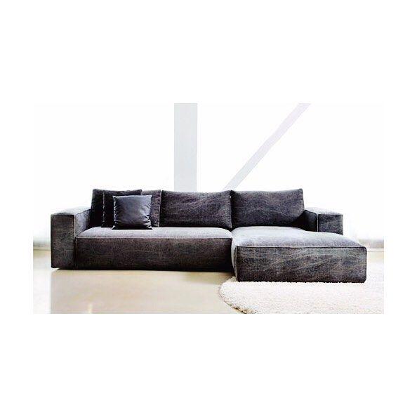 Αυτο το καλοκαιρι ο καναπές SIMON θα ειναι η ευπρόσδεκτη αγκαλια του σπιτιού μας. Σε ποικιλία διαστάσεων και υφασμάτων #thedesigngroup #furniture #ideas #inspiration #living #livingroom #style #home #hotel #homefurniture #homestyle #decor #design #interiors #inspiration #interiordesign #decoration #sofa #summer #collection #greekproducts #madeingreece #athens #rethymno #showroom #kaloterakis