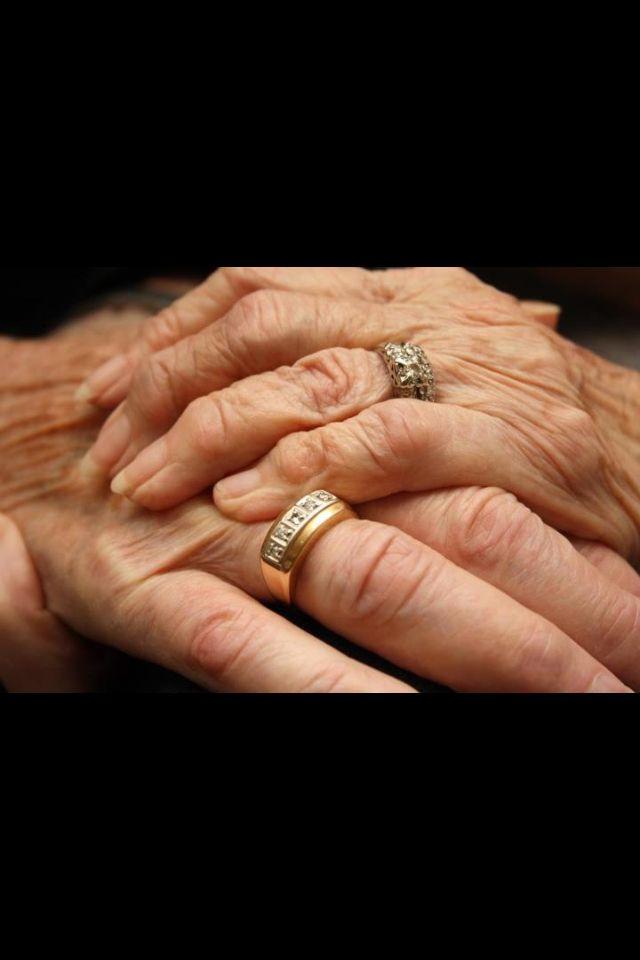 Best 25 Wedding anniversary rings ideas on Pinterest Wedding