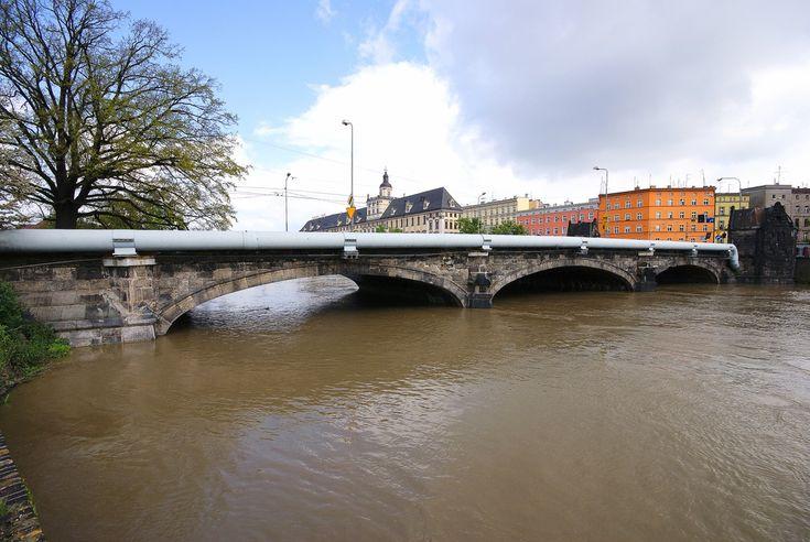Most Pomorski, wysoka fala,  21 maja 2010 o godzinie 15:00 #Wroclaw