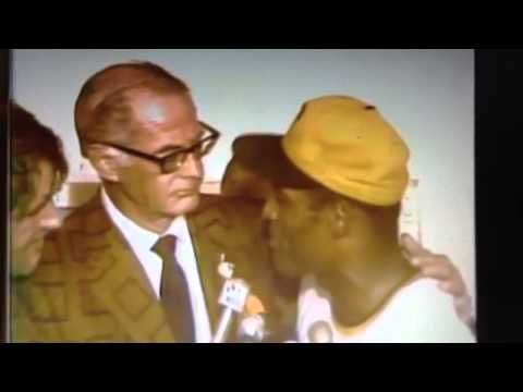 """1971 Pittsburgh Pirates World Series Locker Room Celebration w/Bob Prince and """"The Great One""""."""